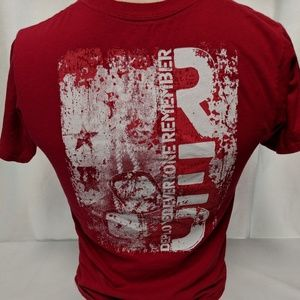 Hanes red T-shirt American Soldier  Size S